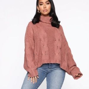 Chunky Knit Turtleneck Cropped Sweater Small NEW